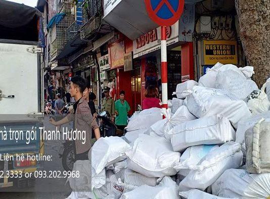 Dịch vụ chuyển nhà tại phố Hàng Cháo