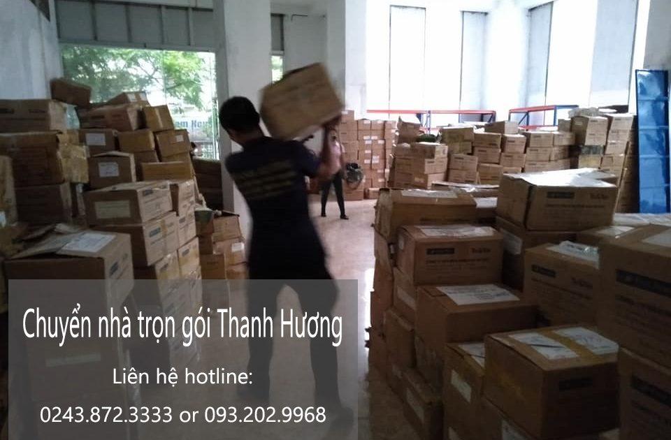 Thanh Hương chuyển nhà tại phố Đoàn Khuê